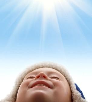 IL EST NE LE NOUVEAU BEBE dans MOMENT DE VIE sourire-soleil1